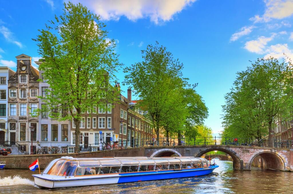 amsterdam canal cruise 2 (1)