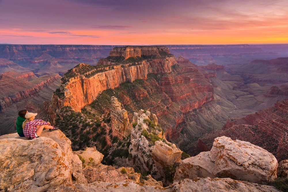 hikers_sunset_grand_canyon_south_rim