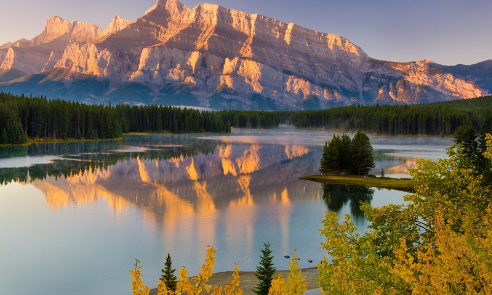 5 Must See Canadian Rockies Attractions