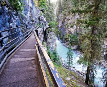 Walkways of Johnston Canyon
