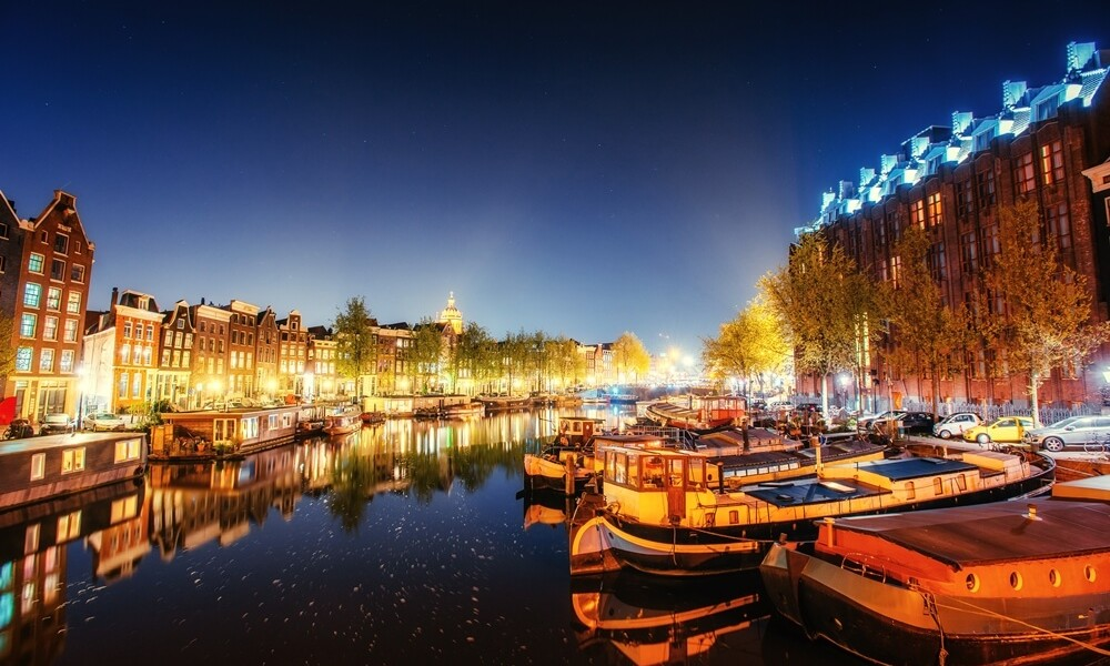 Amsterdam: The Do's and Don't's