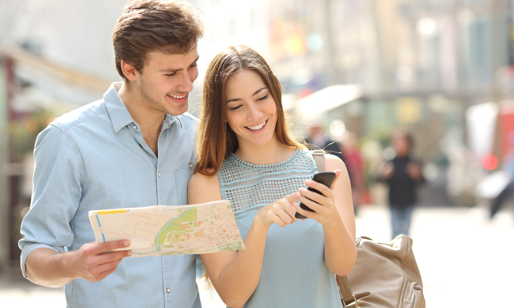 8 Travel Companion Apps [Because that paper map won't cut it]