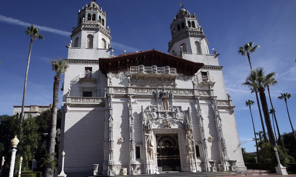 Travelers4Fun Take the Historic Hearst Castle Tour