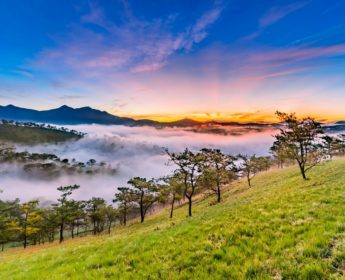 Sunrise over Golden Valley in Da Lat