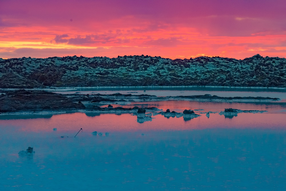 midnight_sun_blue_lagoon