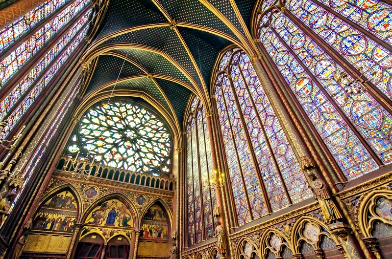 saint_chapelle_interior_stained_glass